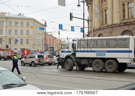 03.04.2017.Russia.Saint-Petersburg.MetroInstitute of Technology.Today in the subway there was a terrorist attack.Blew up the metro.