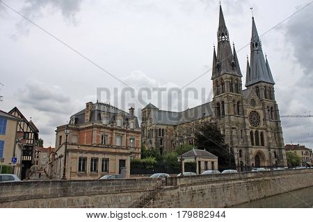 Notre-Dame-en-Vaux church and street in  Chalons-en-Champagne, France
