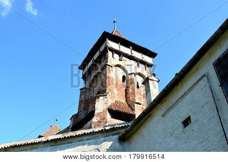Fortified medieval church in Vineyard Valley, Transylvania Valea Viilor fortified church is a Lutheran fortified church in Valea Viilor (Wurmloch), Sibiu County, in the Transylvania region of Romania.