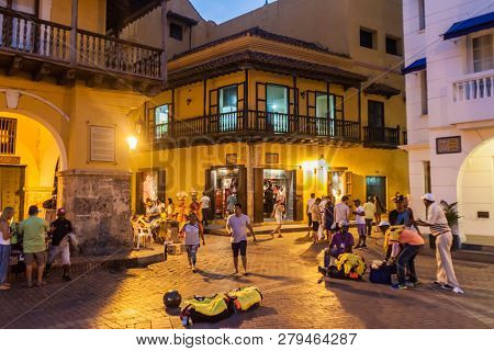 Cartagena De Indias, Colombia - Aug 27, 2015: People Walk At The Plaza De Los Coches In Cartagena Du