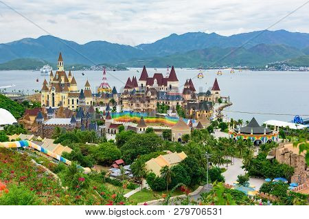 Vietnam Amusement Park Vinpearl