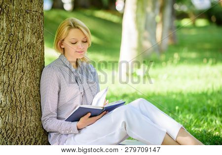 Best Self Help Books For Women. Books Every Girl Should Read. Girl Concentrated Sit Park Lean Tree T