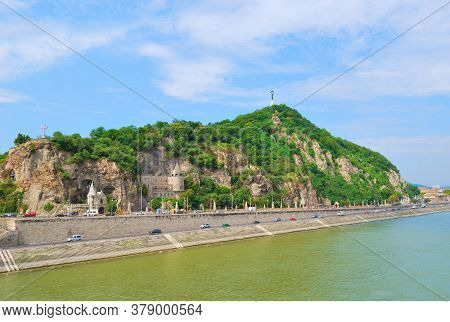 Hungary. River Danube And Gellert Hill In Budapest
