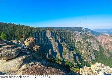 Taft Point Lookout In Yosemite National Park, California, United States. The View From Taft Point: Y