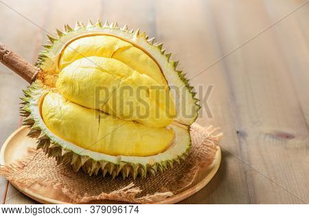 Durian (kan Yao) Or Durio Zibthinus Murray On Wood Plate. King Of Fruits Of Thailand In Summer Seaso