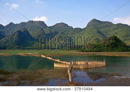 Van Long Natural Reserve (ninh Binh, Vietnam)