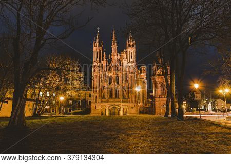 Catholic Church Of St. Anne Old Town Vilnius , A Monument Of Gothic Architecture Of The City. Lithua