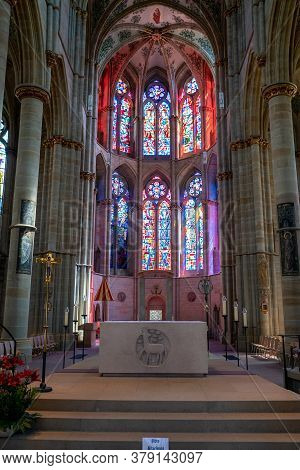 Trier, Rp / Germany - 29 July 2020: Interior View Of The Hstoric Liebfrauenkirche Church In Trier Wi