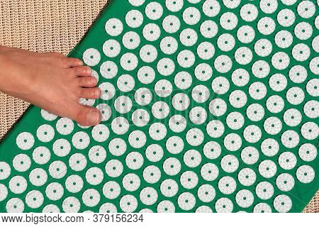 Massage Mat For Acupuncture With Foot.