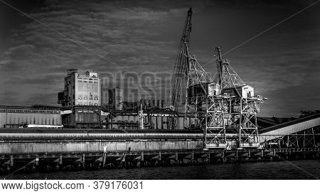Vancouver, British Columbia/canada - July 11, 2019: Black And White Photo Of The Quay Of Vancouver's