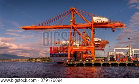 Vancouver, British Columbia/canada - July 11, 2019: Container Port With The Large Container Cranes L