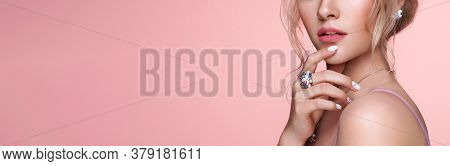 Beauty Woman With Perfect Makeup And Manicure. Glamour Girl With Jewelry. Pink Lips And Nails. Preci