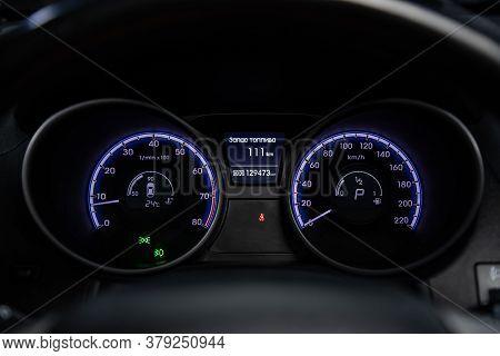 Novosibirsk/ Russia - July 18 2020: Hyundai  Ix-35, Round Speedometer, Odometer With A Range Of 208