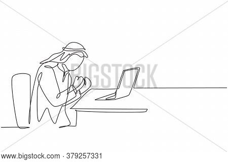 One Continuous Line Drawing Of Young Happy Muslim Business Man Celebrate Success. Saudi Arabian Busi