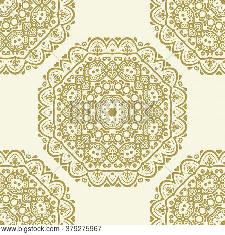 Classic Seamless Pattern. Damask Orient Ornament. Classic Vintage Background. Orient Golden Ornament