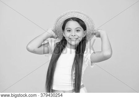 Little Beauty In Straw Hat. She Deserve Good Rest. Summer Camp For Kids. Beach Style For Kids. Trave