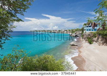 Caribbean bay with turquoise water