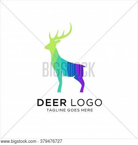 Colorful Gradient Deer Logo Illustration, Vector Logo Illustration Nature Deer Gradient Colorful Sty