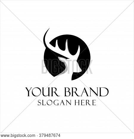 Deer Hunter Logo Design Template. Vector Illustration Of Deer Head Silhouette On Circle, Night Moon