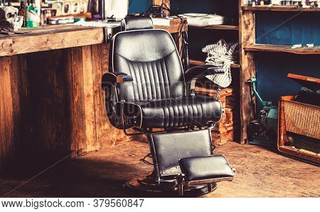 Barber Shop Chair. Barbershop Armchair, Modern Hairdresser And Hair Salon, Barber Shop For Men. Styl