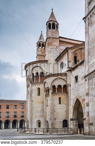 Modena Cathedral Is A Roman Catholic Romanesque Church In Modena, Italy. Consecrated In 1184, It Is