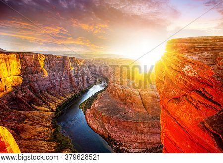 Horseshoe Band On Grand Canyon. Sunset Moment At Horseshoe Bend Grand Canyon National Park