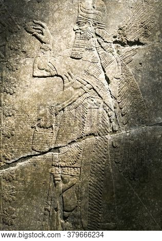 Brooklyn, New York/usa - October 6, 2018: Neo-assyrian Relief Reign Of Ashur-nasil-pal Ii.