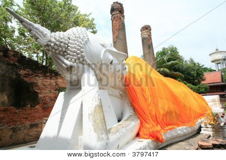 Monuments Of Sleeping Buddah Wat Yai Thailand