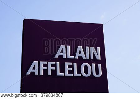 Bordeaux , Aquitaine / France - 08 04 2020 : Alain Afflelou Text And Sign Logo Of Optical Store Fron