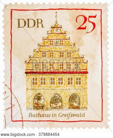Gdr- Circa 1974: A Stamp Printed In German Democratic Republic East Germany Shows Greifswald Town Ha