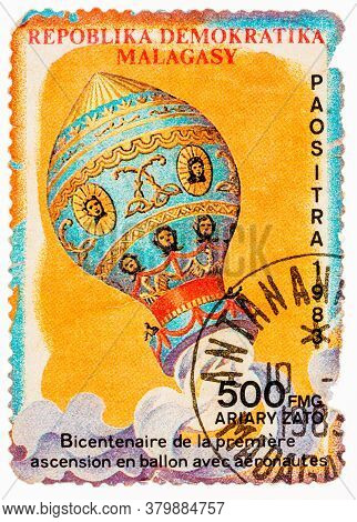 Malagasy - Circa 1983: Stamp Printed In The Malagasy Shows Bicentenary Of The First Balloon Ascent W