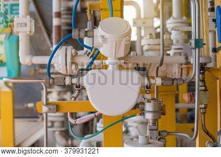 Coriolis Flow Meter Or Mass Flow Meter For Measurement Quantity Of Chemical Flow Rate Which Inject T