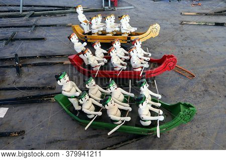 Hoi An, Vietnam, February 24, 2020: Water Puppets Representing Row Boats Of The Hoi An Water Puppet