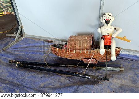 Hoi An, Vietnam, February 24, 2020: Water Puppet Representing A Fisherman In His Boat At The Hoi An