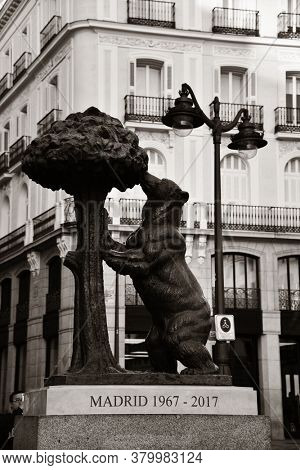 MADRID, SPAIN – MAY 13, 2018: Bear and Strawberry tree in Puerta del as the symbol of the city.