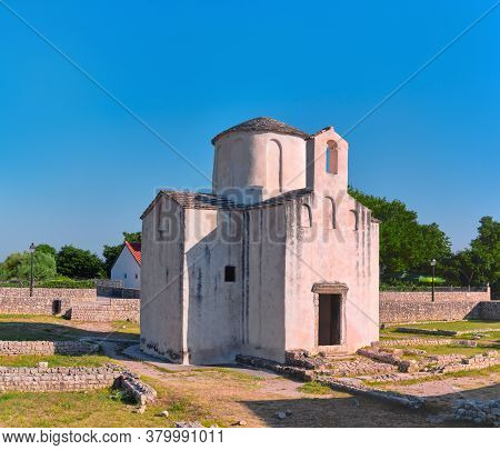 Historical Town Nin, North Dolmatia In Croatia. Ancient Church Of Holy Cross.