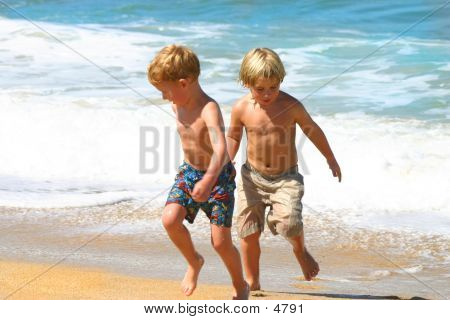 2 Boys In The Surf