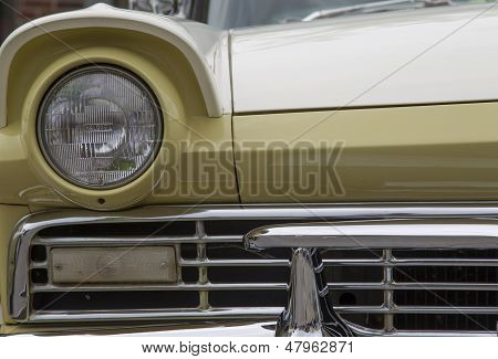 1957 Ford Fairlane 500 Front Light