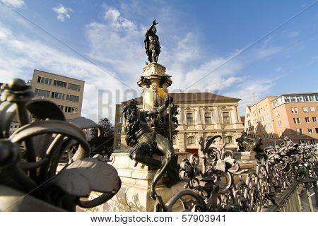 Prachtbrunnen In Augsburg.