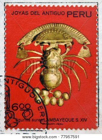 PERU - CIRCA 1972: A stamp printed in Peru dedicated to jewels of ancient Peru shows Auric little
