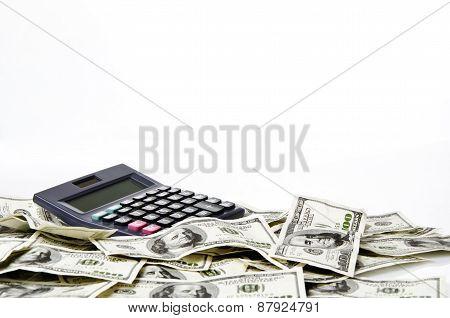 Calculator on hundred of US dollars
