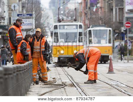 Tram Road Workers Repair Repairing Hummer