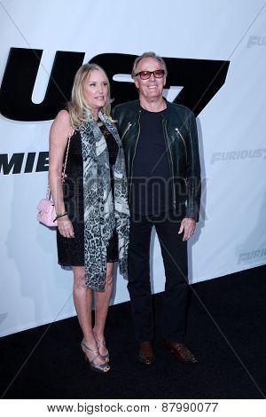 LOS ANGELES - FEB 1:  Parky Fonda, Peter Fonda at the