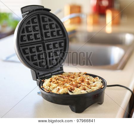 hash browns made in waffle maker kitchen hack