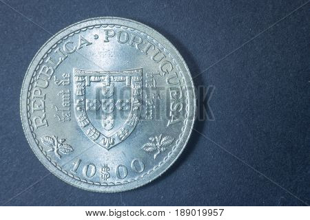 Ten Escudos Portuguese 1960 Tail Coin, Vintage Antique Old, Difficult And Rare To Find.