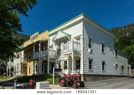 Vintage hotel located in scenic Genoa NV