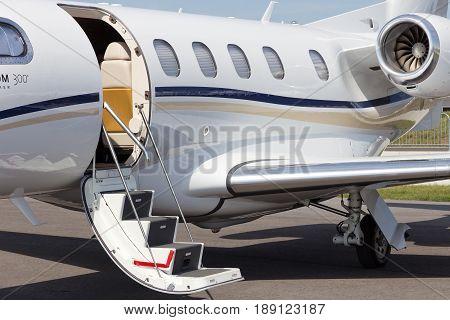 Light Business Jet Embraer
