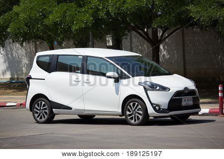 New Product Of Toyota Automobile, Toyota Sienta Mini Mpv Van.