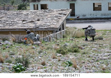 Soldier Aim Target, Kneeling Unsupported Firing Position