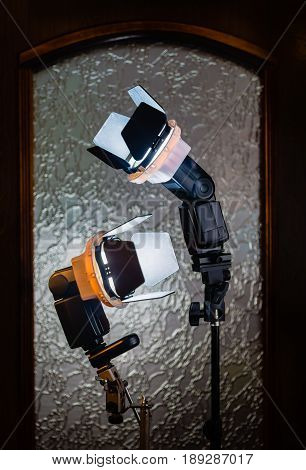 External flash with shutters at the time of the outbreak.
